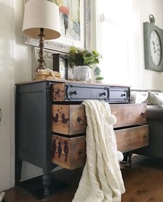 the best repurposed furniture projects in time for this year 24 Refurbished Furniture, Repurposed Furniture, Shabby Chic Furniture, Furniture Makeover, Cool Furniture, Painted Furniture, Living Room Furniture, Furniture Design, Rustic Furniture