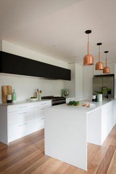 In the Kitchen Ben Jemma Reno Rumble Scandi Kitchen Week 2 Caesarstone Brown Kitchen Cabinets, Kitchen Remodel, Kitchen Dining, Home Kitchens, Modern Kitchen Design, Kitchen Remodel Design, Kitchen Style, Kitchen Renovation, Kitchen Design