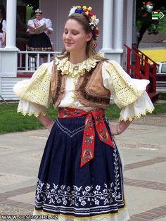 Iowa: Folk costumes  Czech? Slovak?