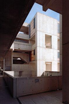 Louis Kahn, Xavier de Jauréguiberry · Salk Institute for Biological Studies · Divisare