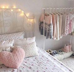 Imagen de pink, room, and bedroom
