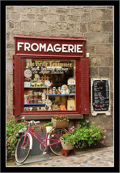 """""""Petite Fromagerie"""" - pequenas queijarias nos vilarejos de Auvergne, França"""