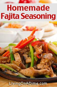 Homemade Fajita Seasoning Recipe - Homemade Seasonings Mixes And Blends Homemade Spices, Homemade Seasonings, How To Make Fajitas, Salada Light, Homemade Fajita Seasoning, Seasoning Recipe, Seasoning Mixes, Cooking Recipes, Healthy Recipes