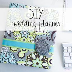 DIY Wedding Planner  Make your own planning notebook -- free printables!  #diybride