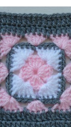 Crochet Pink, Gray, and White Gingham Baby Blanket - Hand Made Patchwork Throw in Plaid Pink, Grey, and White Granny Square Quilt Baby Afghan Crochet Patterns, Crochet Blocks, Granny Square Crochet Pattern, Crochet Flower Patterns, Crochet Squares, Crochet Designs, Crochet Stitches, Knitting Patterns, Granny Square Quilt