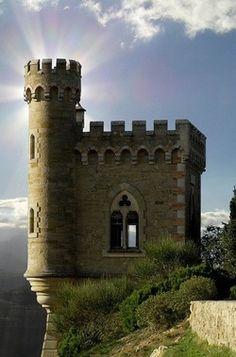 Cliffside Castle, Renne, France