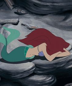 This collection of The Little Mermaid gifs perfectly illustrates what it is like to shower when you have Chronic Lyme Disease. Princesa Ariel Da Disney, Disney Princess Ariel, Arte Disney, Disney Art, Sad Disney, Disney Love, Disney Magic, Disney And Dreamworks, Disney Pixar