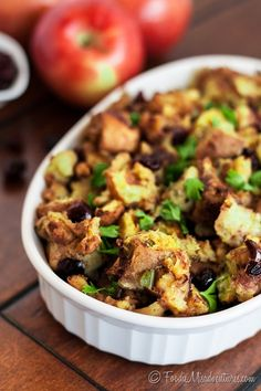 Slow Cooker Cranberry Apple Stuffing: The perfect mix of sweet and savory – this stuffing comes together with minimal effort since all the work is done in your crock pot!