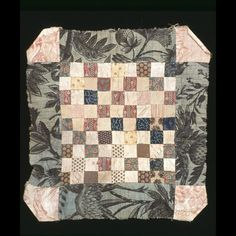 Doll Quilt 1810-1830. Colonial Williamsburg.  2002-110,2