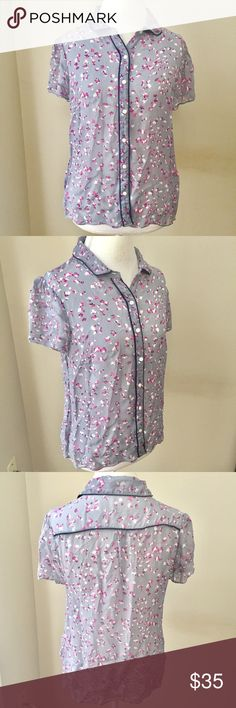 Boden Floral Crepe Button Front Shirt Top Send me an offer for 50% off all items between 1/14 and 1/16 and I will accept! ❤ Boden gray and multicolor Floral Button Front Blouse by Boden. Size 12 and fits like a women's large. Excellent condition with no flaws. ⚓ I accept reasonable offers, no trades/holds, I do not model, Posh only. 🚭🐩 Boden Tops Button Down Shirts