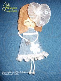 Muñecas Broche