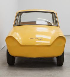 robert grosvenor parks three functionless cars inside karma gallery