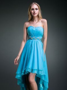 robe de cocktail 2013 courte  http://www.unimariage.fr/robes-de-soiree-c-27.html