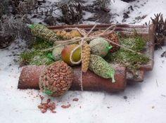 Vogelvoer vastmaken op een oude dakpan