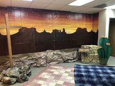 Southwest sunset backdrop Cowboy Theme, Cowboy Party, Western Theme, Western Decor, Camp Out Vbs, Westerns, Wild West Theme, Vbs Themes, Western Crafts