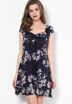 Dorothy-Perkins-Navy-Floral-Twist-Front-Dress