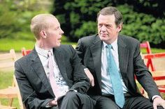 Kevin Whately as Lewis and Laurence Fox as Hathaway
