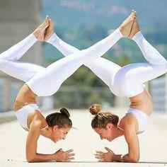 Beautiful Yoga Poses, Cool Yoga Poses, Dance Picture Poses, Acro Dance, Yoga Posen, Yoga Pictures, Partner Yoga, Yoga Positions, Ashtanga Yoga