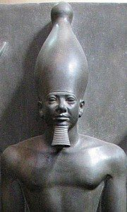 Micerino - Wikipedia Egyptian Era, Ancient Egyptian Art, Ancient History, Kemet Egypt, Egyptian Pharaohs, Cairo Egypt, Monuments, Under The Nile, Ancient Artifacts