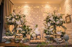 Mini Wedding na Casinha Quintal | Larissa + Filipe | Vestida de Noiva | Blog de Casamento por Fernanda Floret
