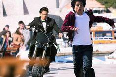 Shah Rukh Khan's new movie Fan breaks every rule in the Bollywood style book