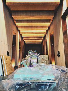 Public art installation Nova North London. Glass Bubbles. Iridescent effect. VERHOEVEN VERHOEVEN brothers Bubble Art, Dutch Artists, North London, Art Installation, Public Art, Iridescent, Nova, Art Pieces, Bubbles