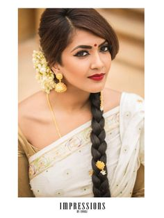 The Various Looks That Keep Killing People With Elegance And Boldness Indian Hairstyles, Braided Hairstyles, Wedding Hairstyles, Vithya Hair And Makeup, Eye Makeup, Middle Part Hairstyles, Front Braids, Bridesmaid Inspiration, Indian Bridal Makeup