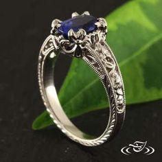 Gorgeous blue #sapphire held by #fleurdelis prongs. #HandMade #engagementring from #GreenLakeJewelry