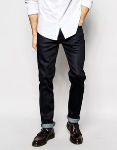 ABOUT ME Body: 99% Organic Cotton, 1% Elastane. 12oz Turkish denim Luxurious shiny finish Regular rise Button fly Tapers from the knee to the ankle Slim fit – cut closely to the body Machine wash 99% Organic Cotton, 1% Elastane Our model wears a 81cm/32″ regular and is 185.5cm/6'1″ tall Brand: Nudie Jeans Retailer: Asos...  Price : 169.00$
