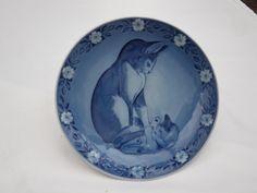 1983 Mother Cat and Kitten - Royal Copenhagen Denmark Porcelain Plate - B