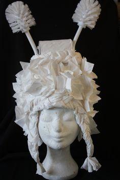 Wig: Syl Verberk..made of toiletpaper