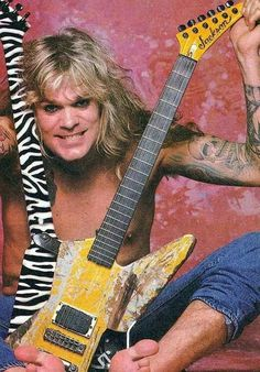 Chris Holmes (W*A*S*P*) . centainly not a poser, . a crazy dude for real. Metal Bands, Rock Bands, Comedy Store, Heavy Metal Rock, Rock Legends, Types Of Music, Cool Guitar, Rock Music, Hard Rock