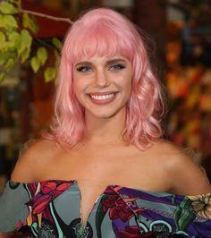 Novo cabelo da cabelo rosa da Bruna Lizmeyer