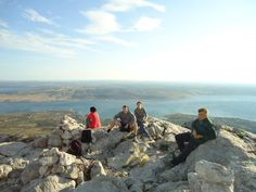 Hiking Paklenica you will see magnificent karst scenery. Enjoy in breathtaking view of the entire Starigrad Paklenica Riviera with its archipelago. Croatia Destinations, Archipelago, National Parks, Scenery, Hiking, Mountains, Travel, Walks, Viajes