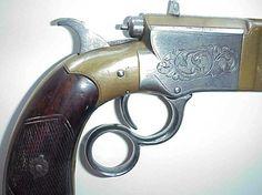 Pistola Volcanic | Armas de Fuego, que se describe una pistola de repetición con recámara tubular bajo el cañón. El mecanismo de repetición se accionaba mediante una palanca en el guardamonte,exáctamente como serían las futuras carabinas Winchester.