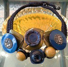 #mazzinidonnalugo #necklace #vintagebuttons #uniquehandmade #doloresesimonettabijoux