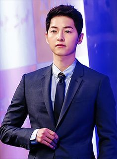 Descendants of the Sun star Song Joong Ki.  If you see just one Korean drama this year, make it this one. Absolutely jaw dropping, action packed, funny, clever!!  #streetstyle