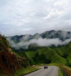 Esto es un lugar mágico de Venezuela, su nombre es Caripe y está en el Edo. Monagas.