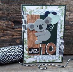 Op het blog van Sarah las ik de oproep om een verjaardagskaartje voor haar zoontje te maken. En stiekem liet ze weten dat de koala zijn li...