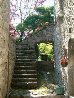 Procurei a @rhaysla nessa foto e nao achei :/ @ Valle Onsernone, Ticino, Switzerland