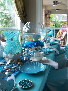 Kinser Event Company: {Real Party} The Little Mermaid. Love the fishbowl centerpiece with fish! Little Mermaid Birthday, Little Mermaid Parties, The Little Mermaid, Table Turquoise, Mermaid Baby Showers, Under The Sea Party, Event Company, Decoration Table, Princess Party