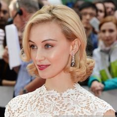 Sarah Gadon London Premier Dracula Untold Make Up by Mary Greenwell
