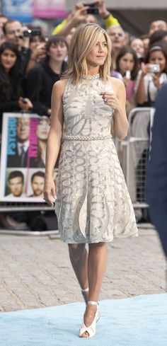 jeniffer aniston and beautiful clothes http://www.mkspecials.com/