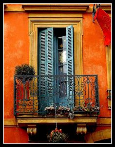 carcassonne balcony...i want to be here with a glass of wine and a good book.