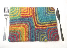 Fun & Funky #Felted Placemats – get the pattern! #knit #knitting #felt #knithacker #home #diy