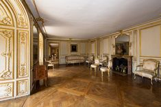 Mme du Barry's apartments, Versailles