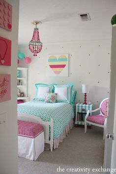 Girl's bedroom revamp with a lot of fun DIY projects. The Creativity Exchange