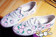 Harajuku cute strawberry painted shoes - Thumbnail 1