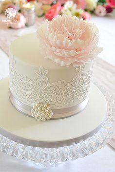 Fringed Peony - Cake by Hilary Rose Cupcakes Gorgeous Cakes, Pretty Cakes, Fondant Cakes, Cupcake Cakes, Fondant Rose, Rose Cupcake, Cupcake Toppers, Wedding Cake Designs, Wedding Cakes