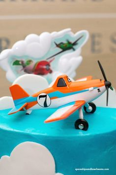 """How do you make a commercial party theme your own? This is how I personalized a Disney """"Planes"""" Themed Birthday Cake. Planes Birthday, Themed Birthday Cakes, Birthday Fun, Birthday Party Themes, Birthday Ideas, Dusty Cake, Planes Cake, Party World, Disney Planes"""